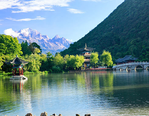 a454b3c2d6a249f2afd1153a79acf0ca - Lijiang eat and live the Raiders, collector's edition _ ancient city - Sohu