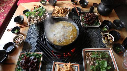 c330097b396d457cb8971c43eea1b603 - Lijiang eat and live the Raiders, collector's edition _ ancient city - Sohu