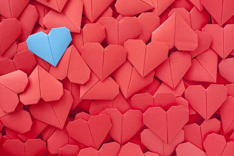 婚恋交友APP开发,促进线下婚恋市场发展