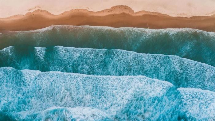微软放出沙滩海浪主题的免费Win10壁纸包的照片 - 5