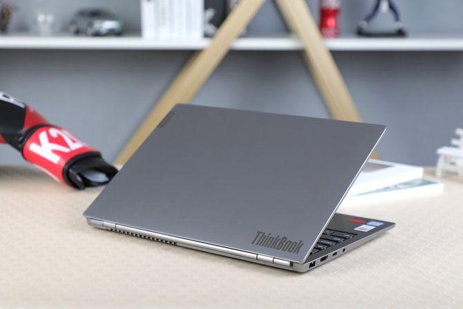 联想ThinkBook 13s评测:轻薄便携性能好
