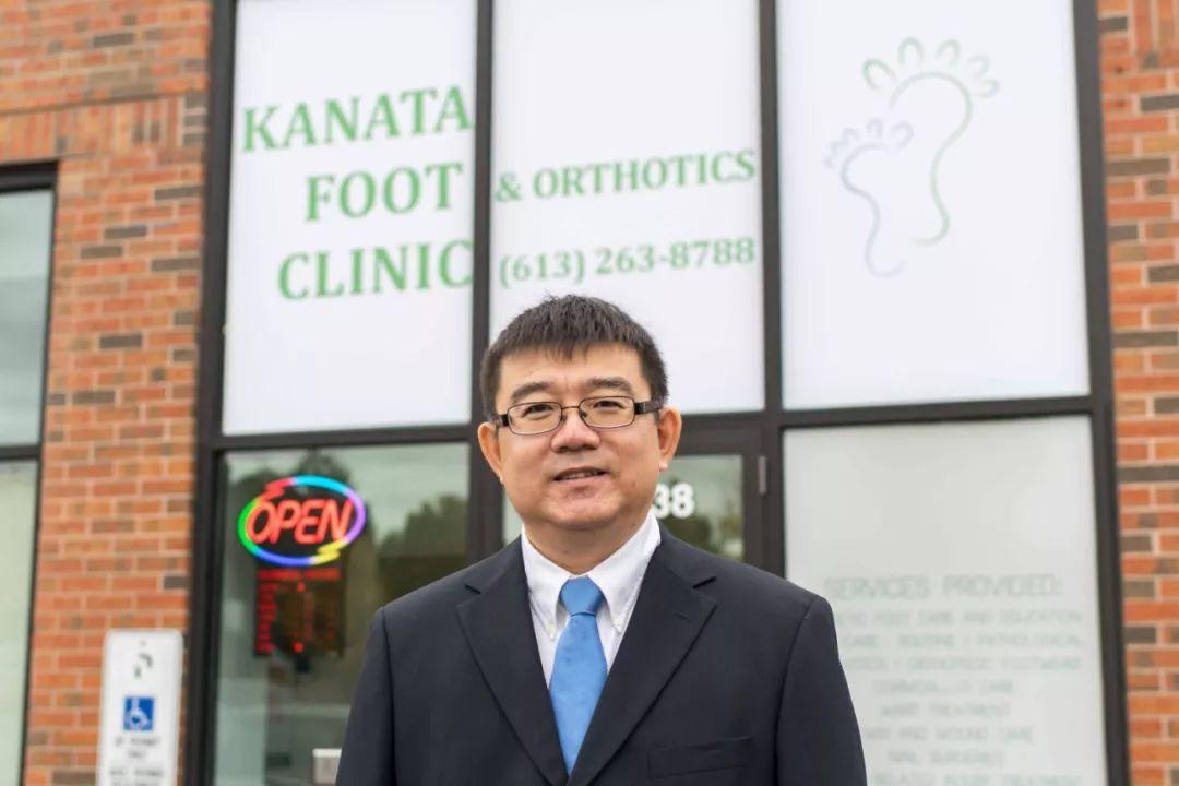 他是渥太华唯一华人足病诊疗师!再也不用担心你的脚部问题了!_治疗