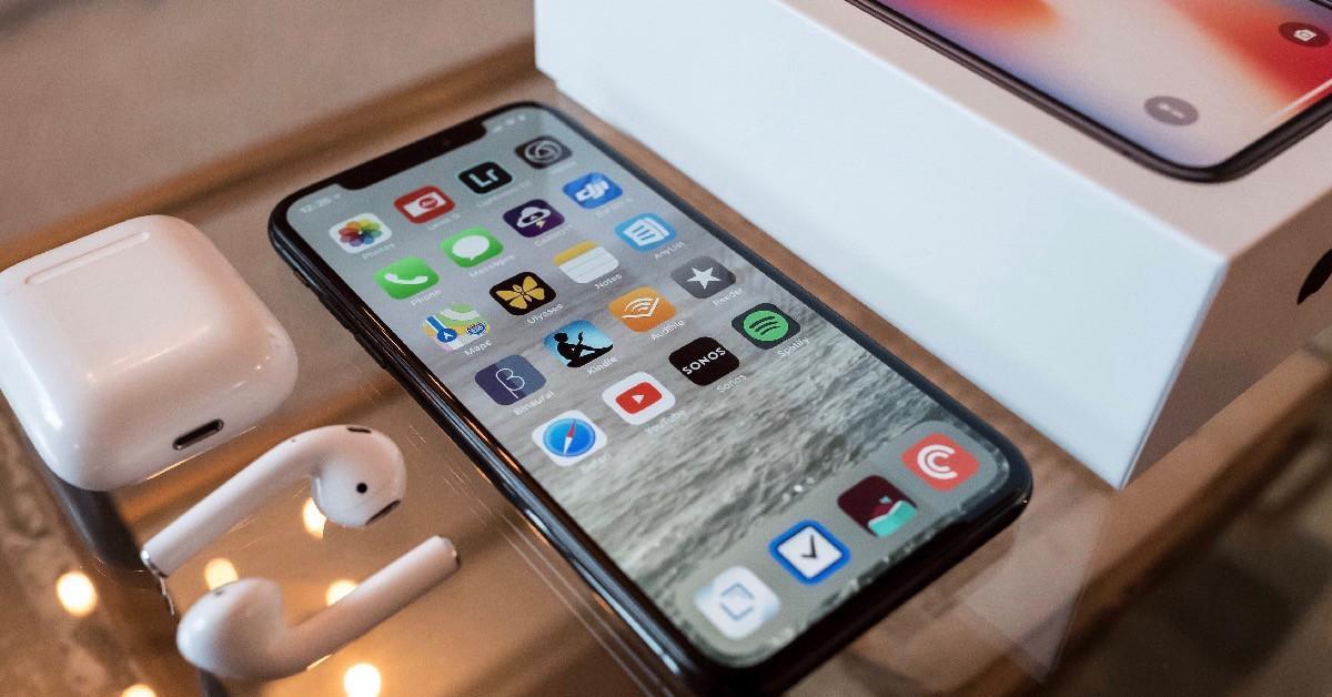 苹果工厂加班补货,iPhone11能成苹果的救命稻草吗?的照片 - 2
