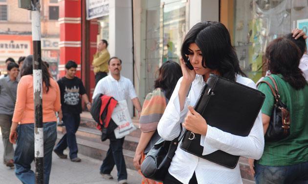 印度经济总量超日本_印度经济产业结构