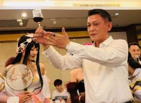 D社:CEO陈英钦出席答谢宴会深圳站