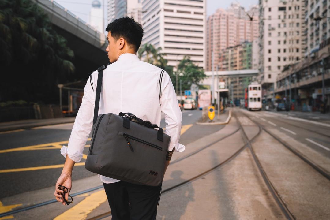 全球独具一格的功能性包袋问世