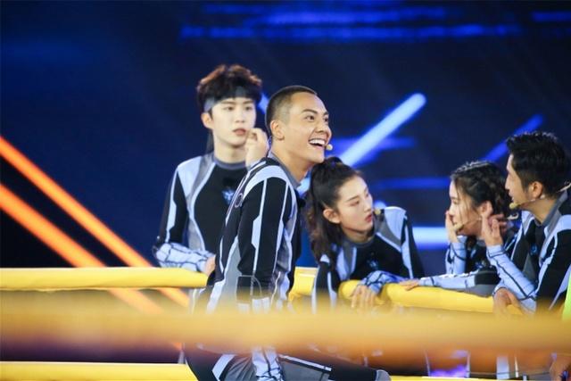 奥运冠军空降《追我吧》,陈伟霆、黄景瑜二次对决