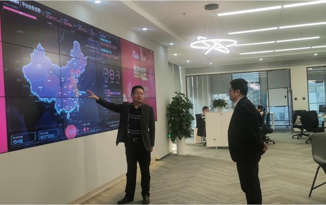 南京江北新区科技创新局局长聂永军调研同城票据网