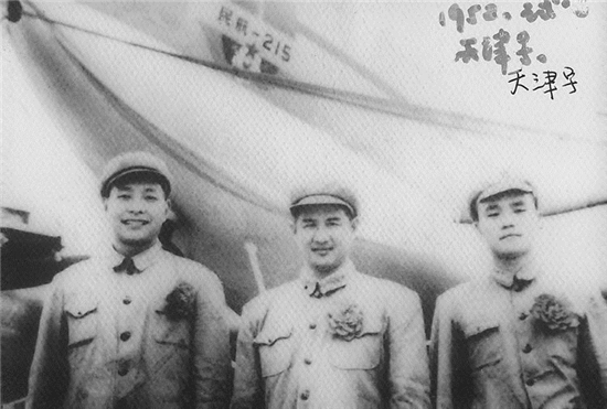 """纪念""""两航""""起义七十周年——《历史永恒》即将出版发行"""