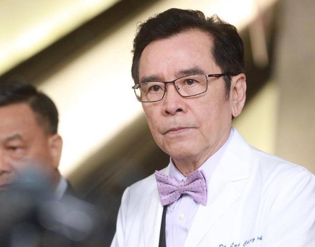 72岁TVB老戏骨与患癌妻子相守45年 年轻时的模样被网友赞像周杰伦