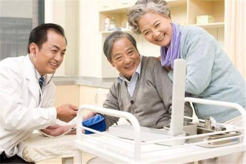 养老院里养老,不是所有老人的生活都是诗和远方