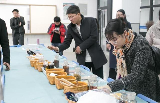 威海望海园中学怎么样?受到中日韩媒体记者点赞