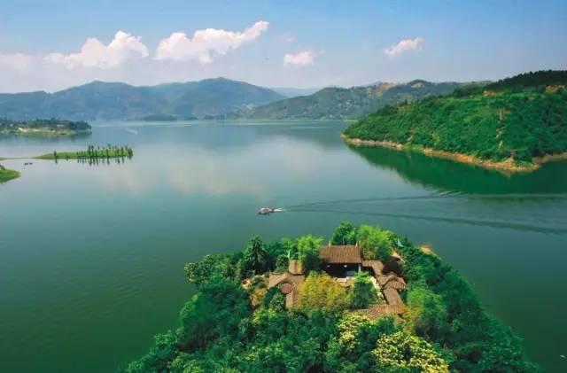 """""""陕西千岛湖""""的山水竹林间,寻找生活的小确幸"""