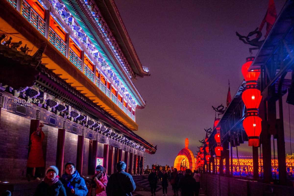 """为保护文物,西安钟鼓楼等古建筑""""熄灯""""了,有人反对有人赞成"""