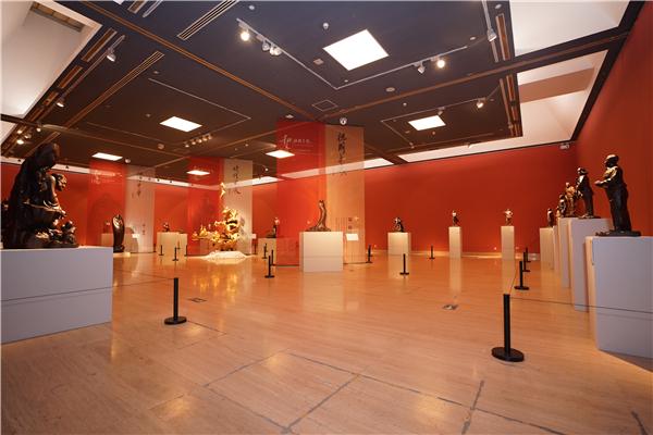 """四十载匠心积淀 五十件精品呈现""""和文化""""黄泉福雕塑艺术展在中国美术馆盛大开幕"""