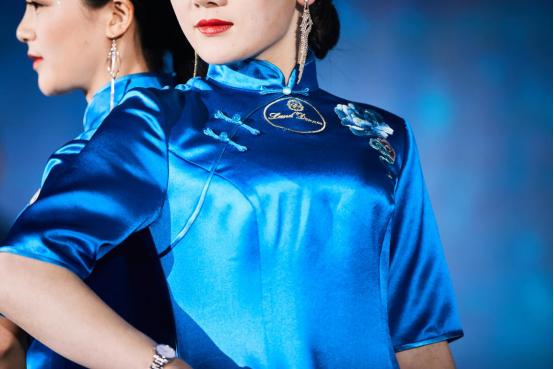 """蓝黛丹尼·永恒的蓝-2020新品""""春晓""""惊晓问世!"""