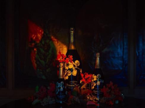 视觉艺术家陈漫为美丽时光香槟创作系列摄影作品《时·光之旅》