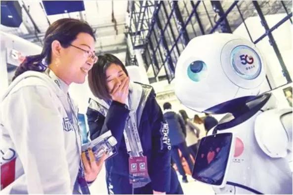 工業機器人產業發展迅速,與之相伴的應用型人才出