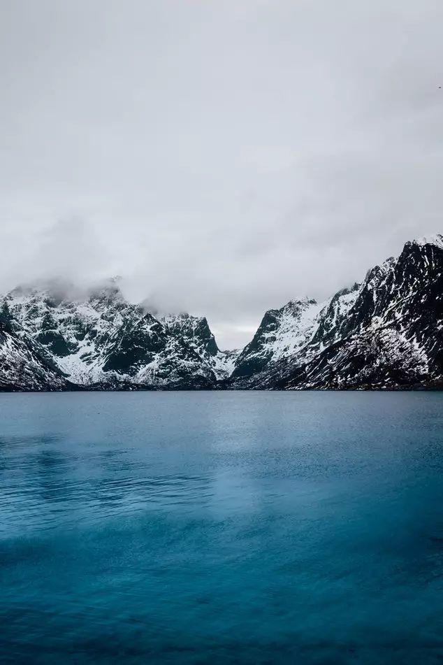°在挪威  来自大海的跳跃