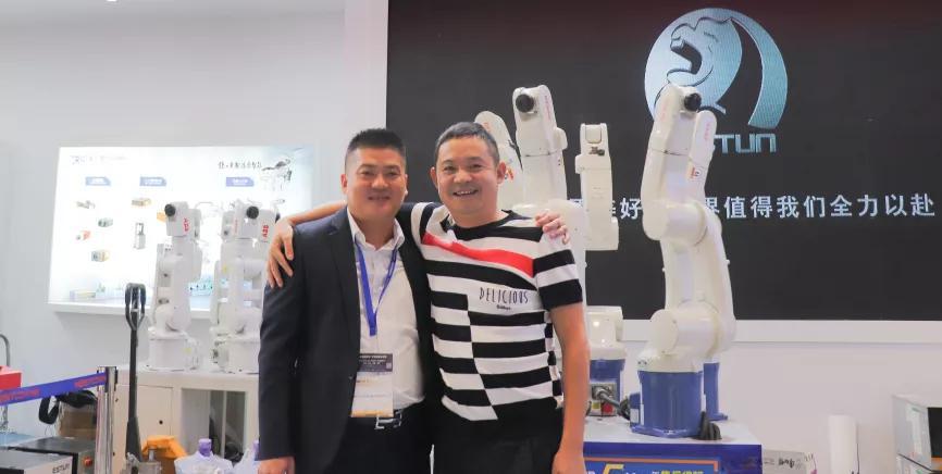 凡誠機器人劉秀飛:打造機器人行業的'4S'店