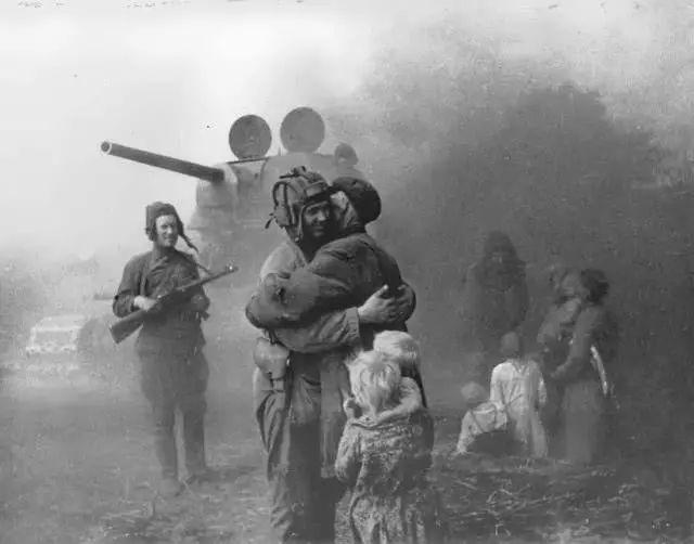 波兰发难普京,称苏联是二战发起国,俄:你们常被灭国是有原因的[5P] ..._图1-4