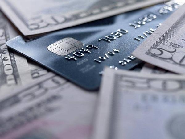 高校学生可以办哪些信用卡?适合学生申请的就这些!插图(1)