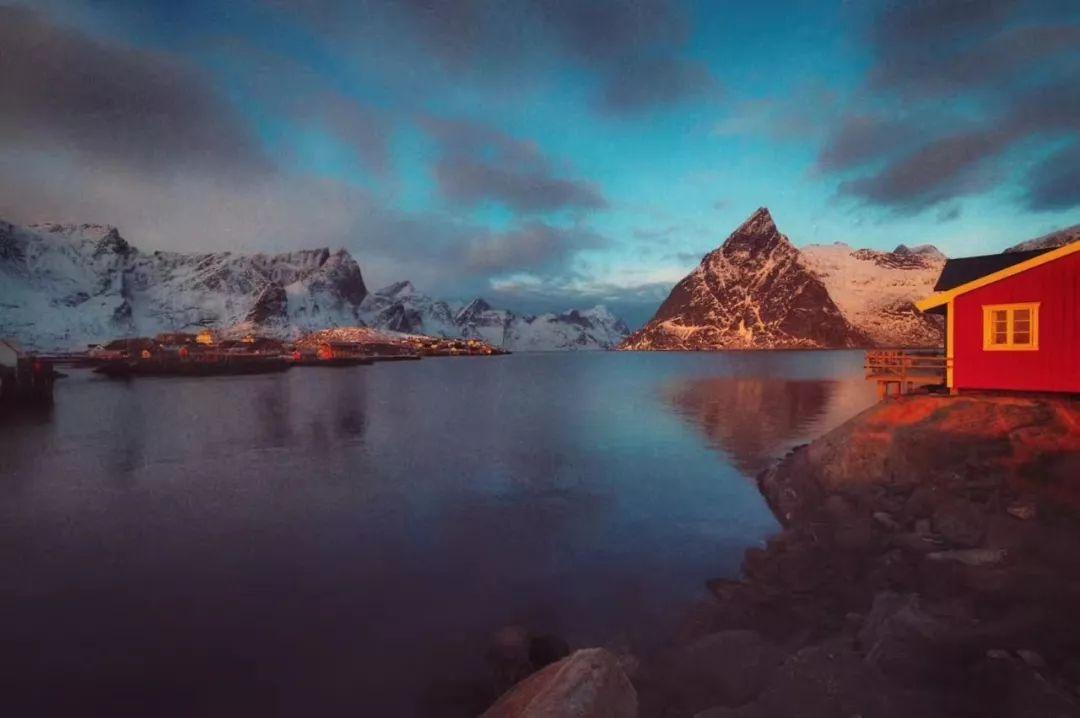 在世界北端,对着北极光,喝一杯挪威精酿啤酒
