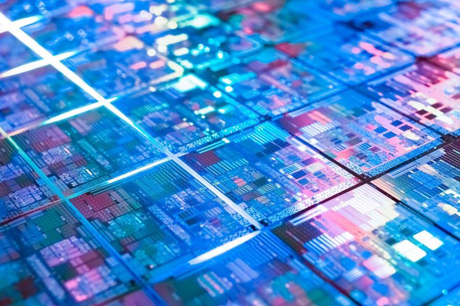 哪种新材料能让中国芯片产业弯道超车?丨亿欧问答
