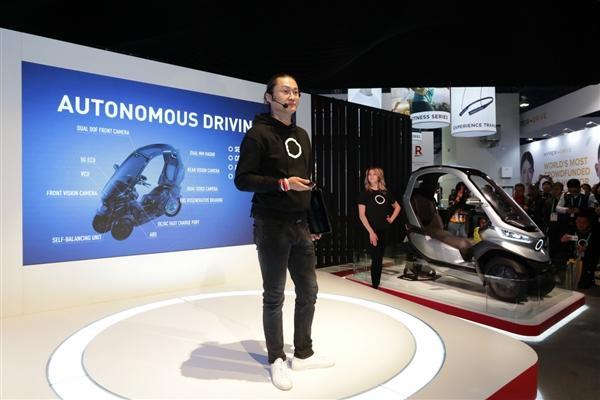 小牛发布全球自动驾驶三轮电动摩托车:支持5G、续航200km的照片 - 15