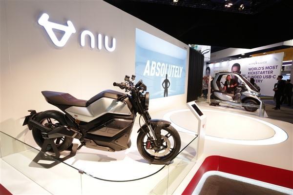 小牛发布全球自动驾驶三轮电动摩托车:支持5G、续航200km的照片 - 5
