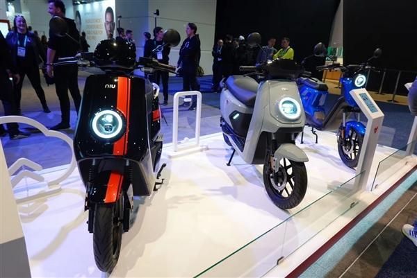 小牛发布全球自动驾驶三轮电动摩托车:支持5G、续航200km的照片 - 22