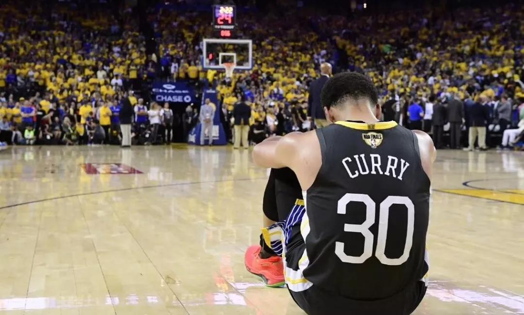 连续三个赛季报销!白拿3000w,他恐怕再也回不了NBA了!