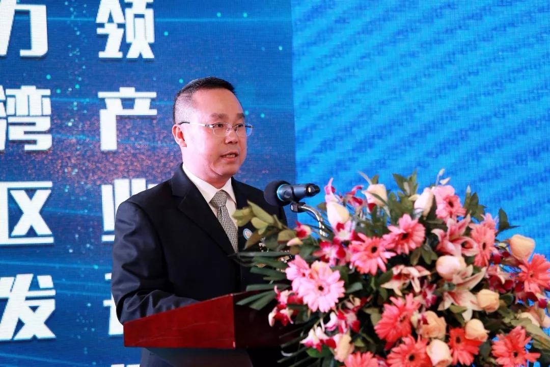 中山市横栏镇党委副书记、镇长陈永华