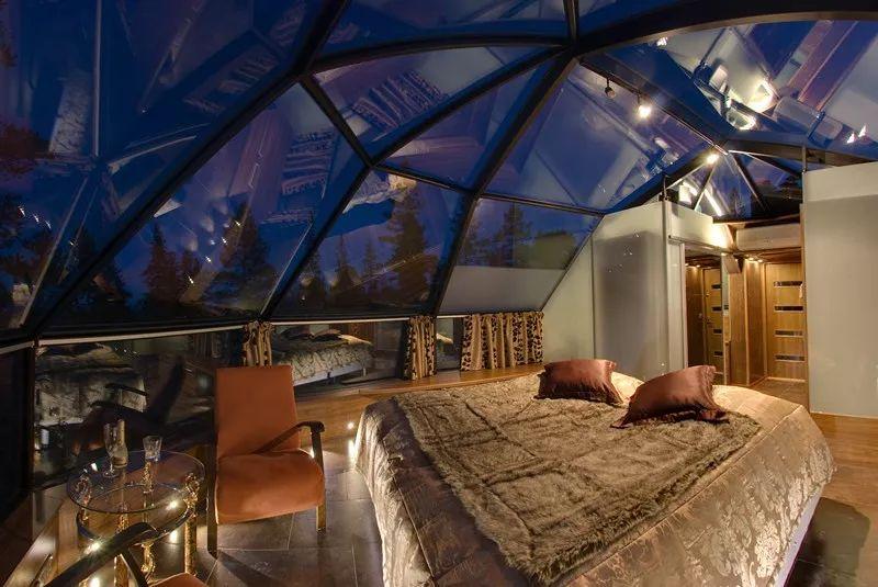 列维穹顶玻璃屋