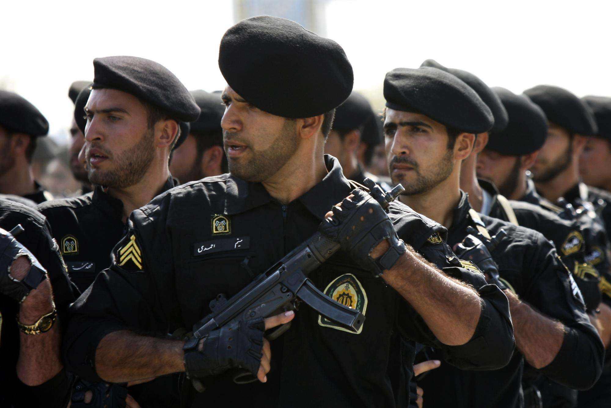 軍方誤擊客機引眾怒,伊朗女運動員決定移民,著名主持人宣布辭職