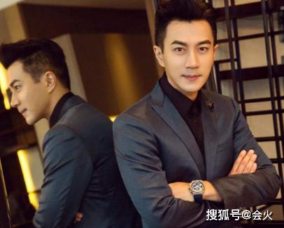 """45岁刘恺威近况曝光,打扮低调难掩""""星味"""",离婚后发展不如意?"""