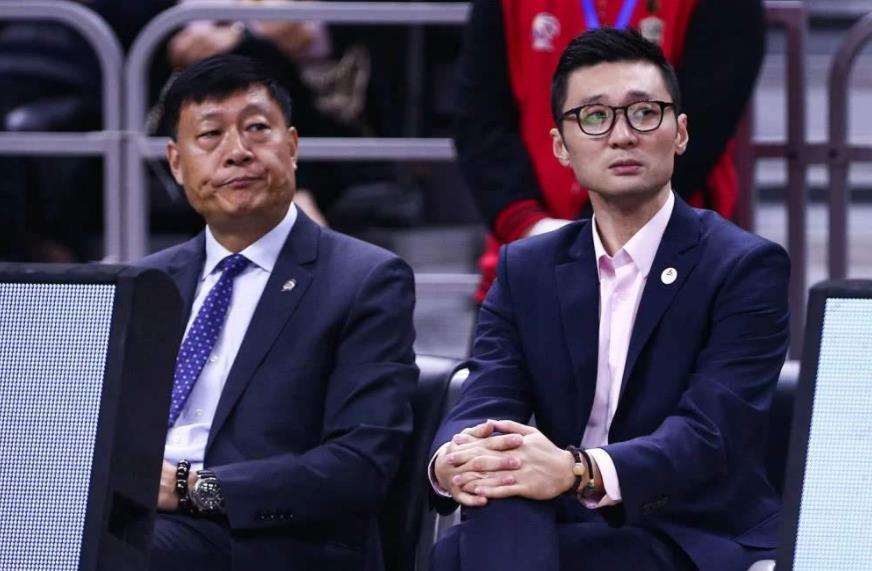 上海男篮后半程看点:刘炜迎执教菜鸟季,李根急需证明自己