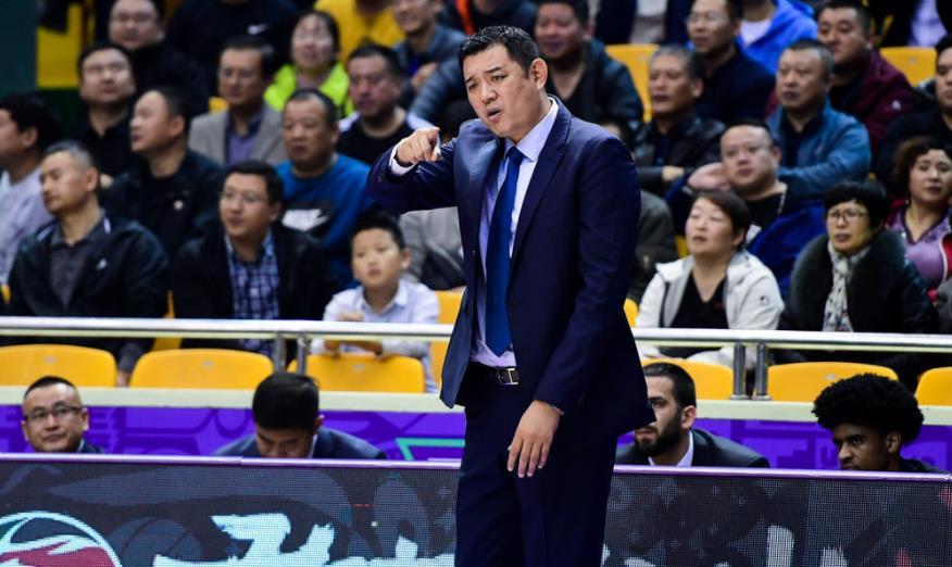 山东男篮后半程看点:哈德森带队保前四,陈培东或能兑现天赋