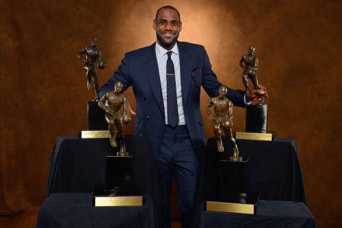 不意外!詹姆斯职业生涯MVP投票得分历史第2,秒杀乔丹仅次贾巴尔