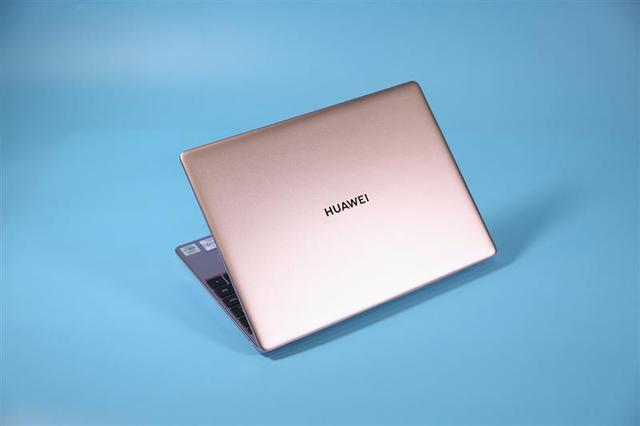 华为MateBook 13 2020评测:超值的2K触控全面屏的照片 - 2