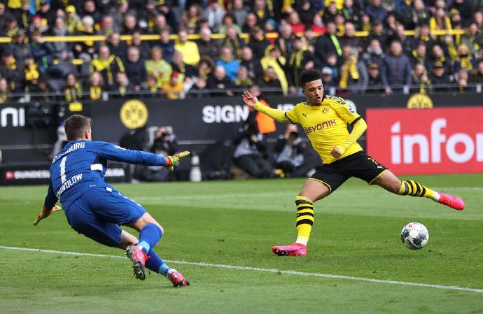 德甲-桑乔建功皮什切克门线救险 多特1-0弗莱堡