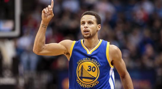 NBA常规赛视频直播:勇士 VS 猛龙 库里回归 能否上演屠龙好戏?
