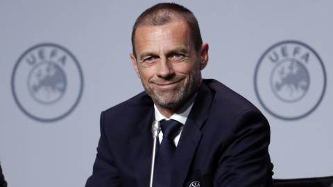 欧足联主席:越位一厘米不算越位 该把线画粗点