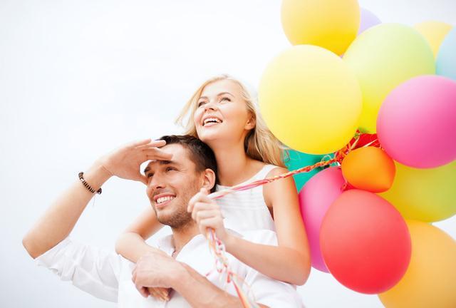 氣球婚慶造型教程圖解!婚慶造型氣球布置常識
