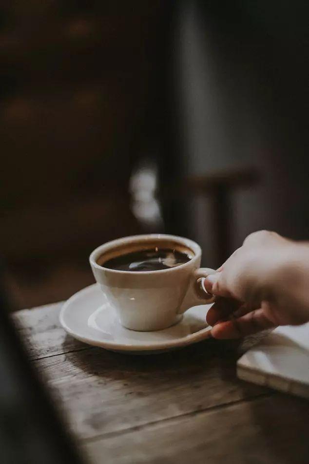 不只是喝一杯咖啡而已