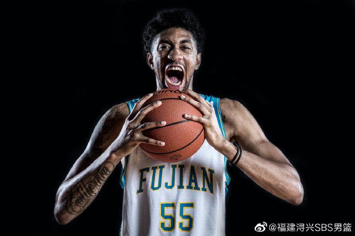 活塞内线成第三位感染肺炎NBA球员 福建男篮送祝福