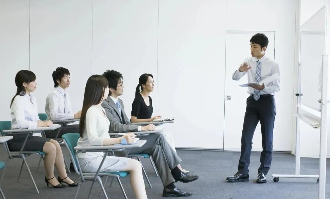 网络培训的赚钱方式,人人都能月入过万! 创业 第2张