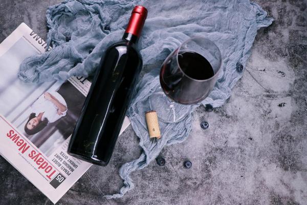 """咏悦汇——""""专业、保真、便捷""""的全渠道酒类消费平台"""
