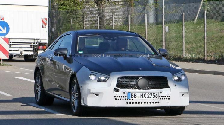 QGhappy-梅赛德斯奔驰全新E级轿跑车型谍照曝光