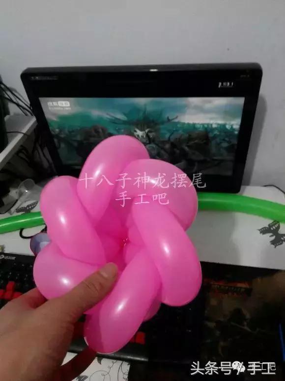 一根氣球做花的步驟!分享怎么用一根氣球做花教程